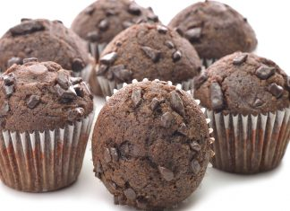 Low Calorie Triple Chocolate Chunk Muffins