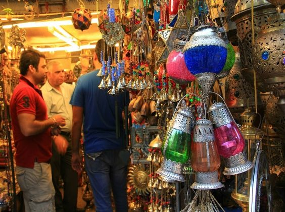 Best Places For Street Shopping in India