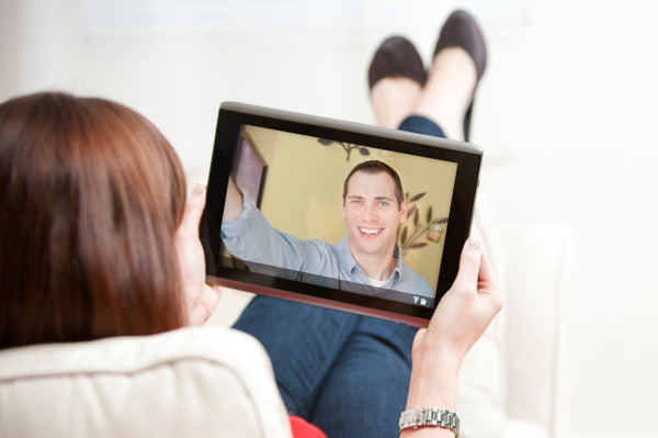Tips To Make A Long-Distance Relationship Work