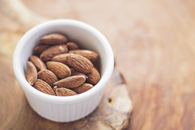 Healthy Office Snacks Ideas To Keep In Office Drawer