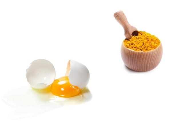 Egg white and turmeric mask