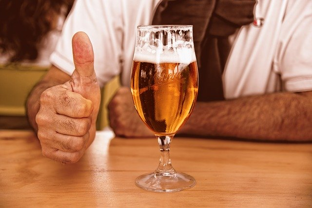 Know How To Use Beer For Hair Growth & Nourishment