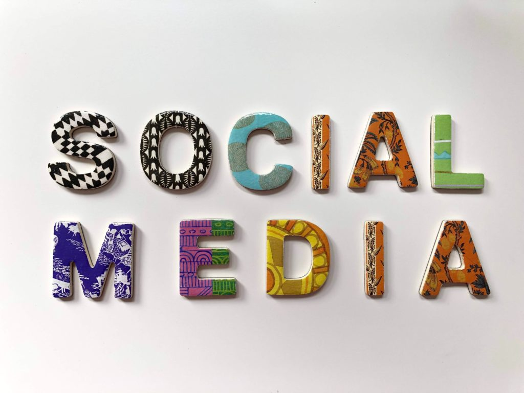 Impacts Of Social Media On Family and Marriage