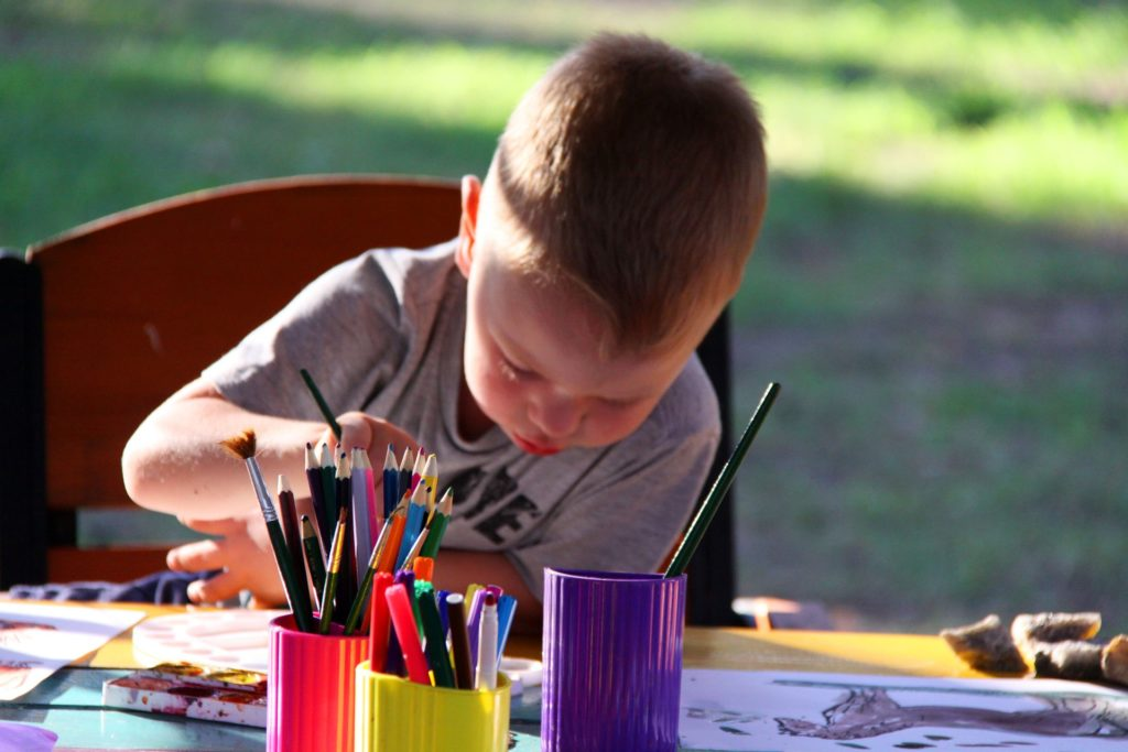 Gadget Free Activities For Your Kids At Home