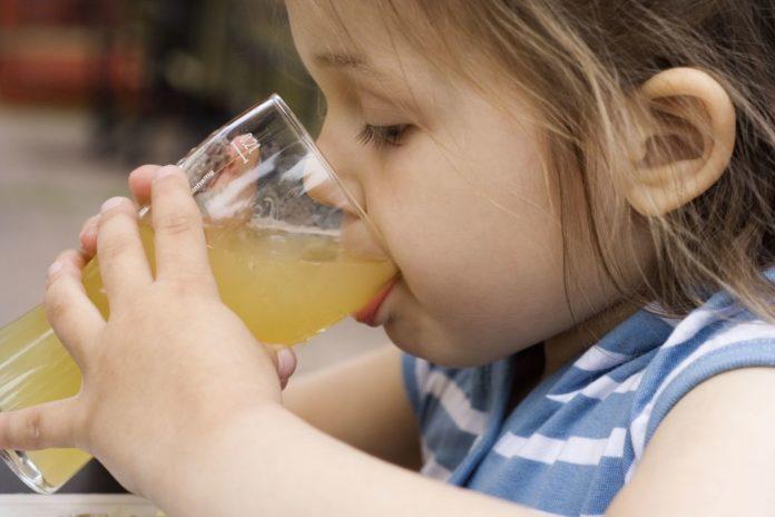 Apple Juice For Babies: Is It Safe?
