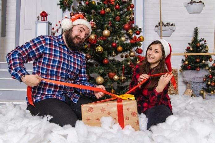 Cute And Funny Christmas Photo Ideas