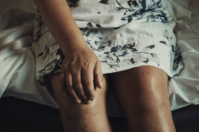 Tips To Deal With Joint Pain In Winter