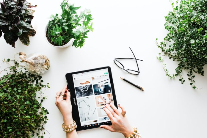 Tricks for Buying Clothes Online Like a Pro