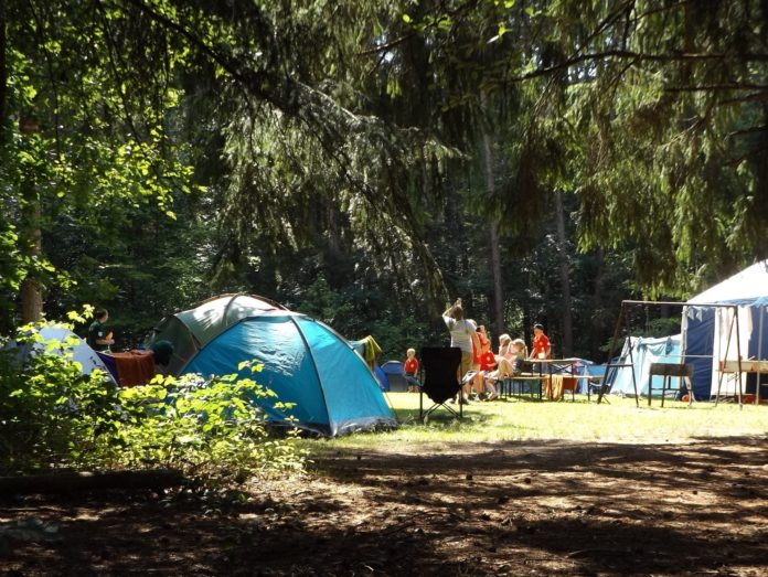 Know The Benefits Of Overnight Camp For Kids